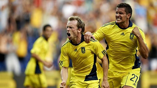 Brondby's Michael Krohn-Dehli celebrates a goal against Ried (Reuters)