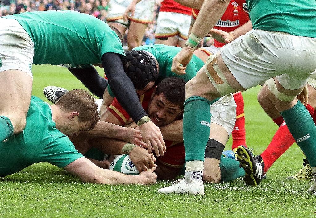 Ireland and Wales share brutal Six Nations draw