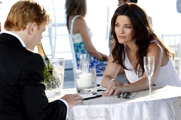 """Countermeasures"" -- Horatio's (David Caruso, left) and Natalia's lives hang in the balance, as Horatio stands between Natalia and certain death. Alana De La Garza (right) returns as Horatio's late wi"