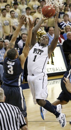 Pittsburgh defeats Villanova 79-70