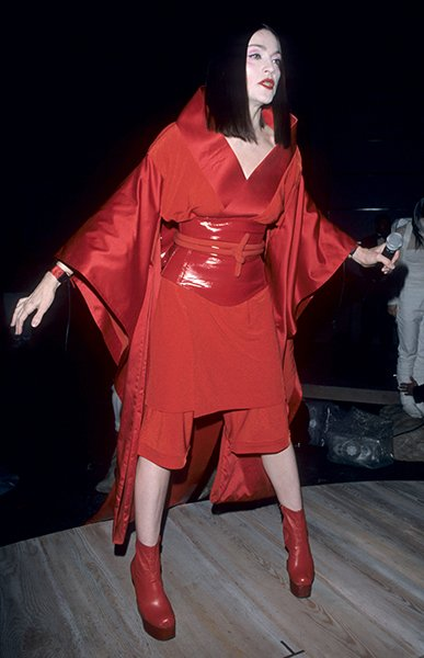 Madonna goes avant garde in 1999