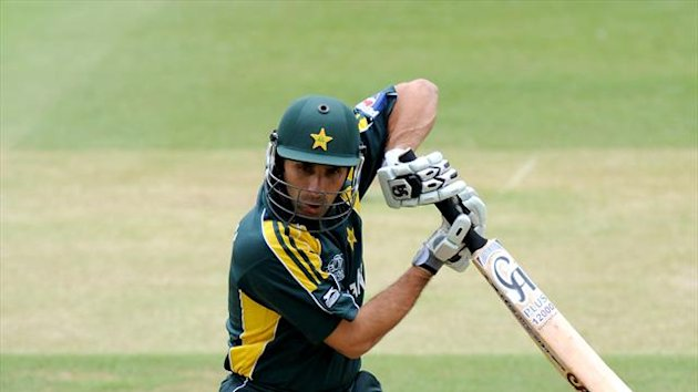 Misbah-ul-Haq insists everything is fine in the Pakistan camp
