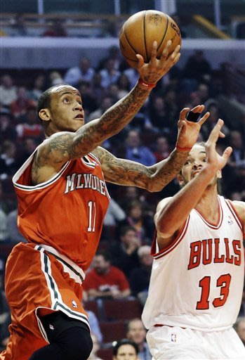 Boylan moves to 2-0 as Bucks beat Bulls 104-96