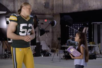 Adorable 10-year-old interviewer isn't afraid to ask the NFL tough questions, melt hearts