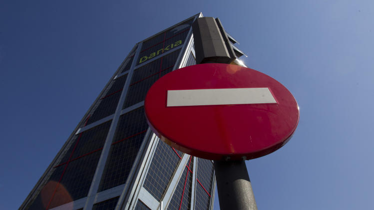 Shares in Spain's Bankia plummet for second day