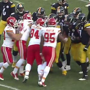 Tempers flare after Pittsburgh Steelers kicker Shaun Suisham's 23-yard field goal
