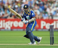 Mahela Jayawardene helped Sri Lanka warm up for the World Twenty20 in style