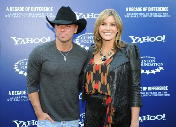 Kenny Chesney and Grace Potter (Photo by Stephanie Cabral/Yahoo!)