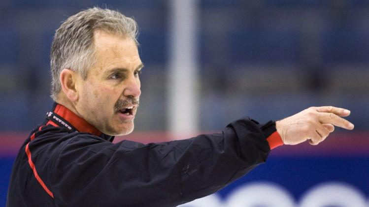 Canucks hire Willie Desjardins as coach