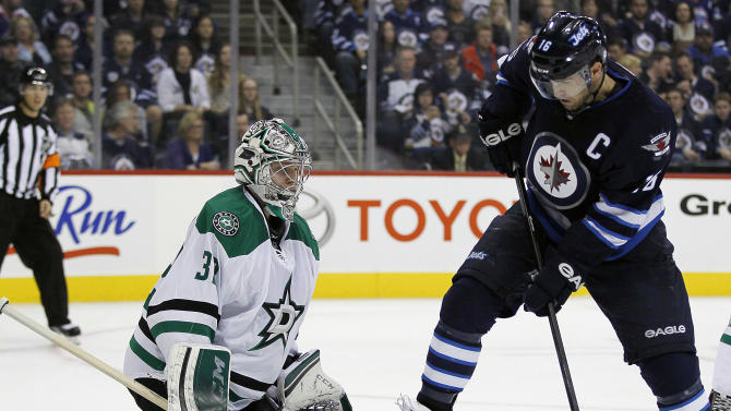 Stars recall goalie after starter Lehtonen injured