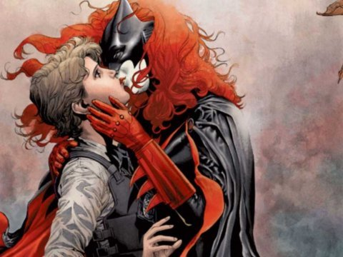 batwoman gay lesbian maggie proposal engagement wedding