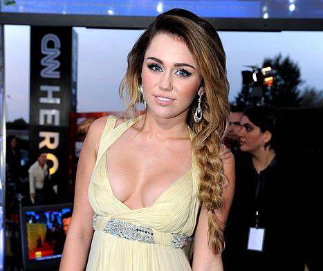 Miley Cyrus: I Didn't Get a Boob Job!
