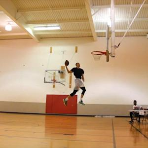 LaVine pulls off unreal dunks with a football