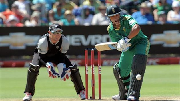 South African batsman Henry Davids plays a shot during the 3rd and last T20 match in Port Elizabeth at St George's Park
