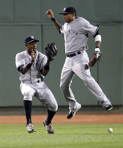Ciriaco, Gomez lead Red Sox to split with Yankees