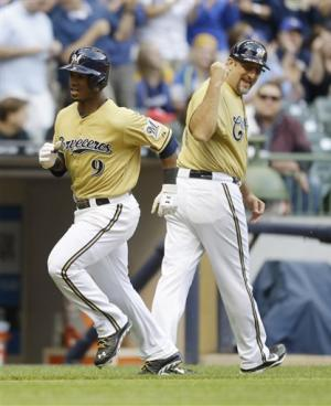 Segura homers in Brewers' 4-3 win over Phillies