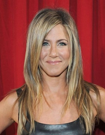 Jennifer Aniston is all smiles at the 2013 People's Choice Awards -- Getty Images