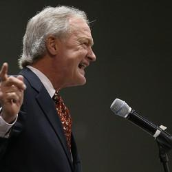 Lincoln Chafee To Announce Presidential Bid June 3