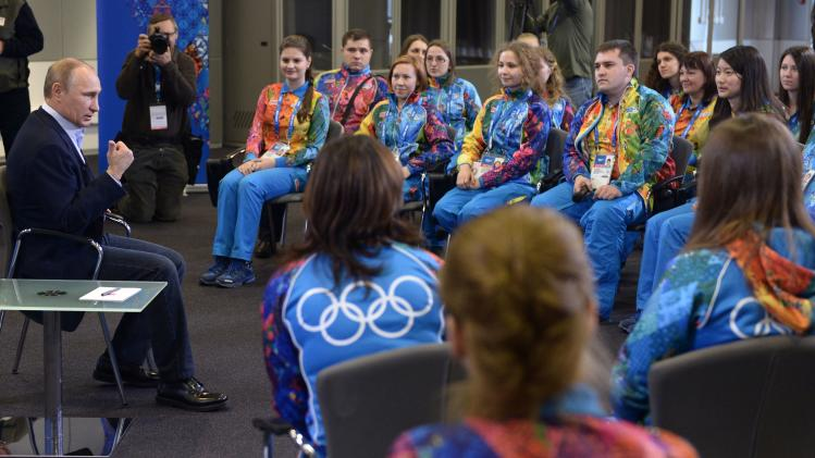 Russia fields 25,000 volunteers for Sochi Games