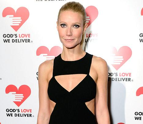 "Gwyneth Paltrow Recommends $450,000 Worth of Spring Wardrobe ""Essentials"""
