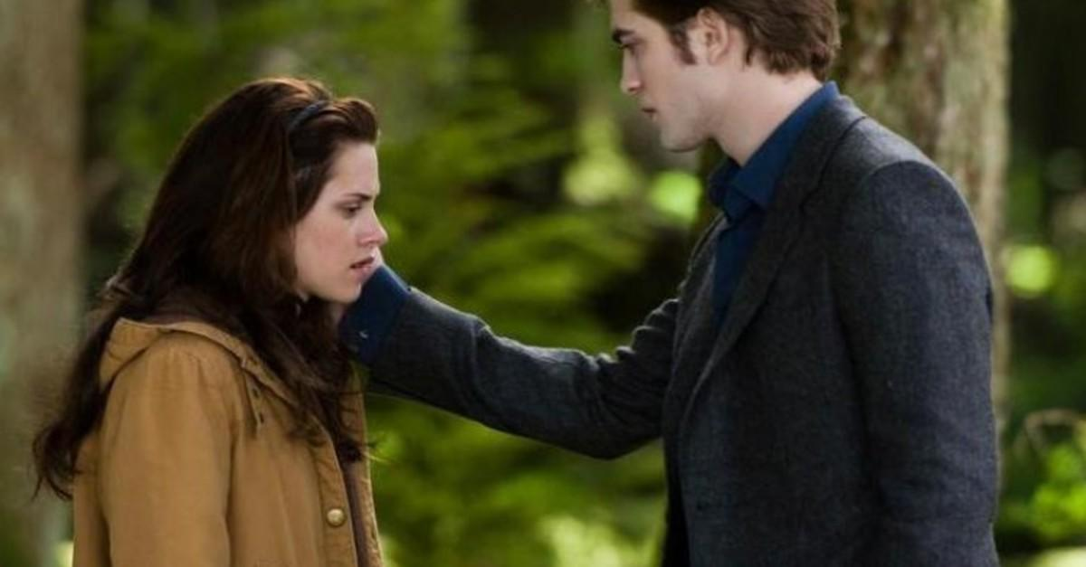 Top 15 On-Screen Hookups Turned Real-Life