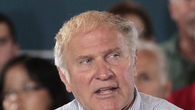 """FILE - In this Sept. 1, 2012, file photo, Rep. Steve Chabot speaks at a campaign rally in Cincinnati.  The immigration debate is threatening to split the Republican Party, pitting those who focus mainly on presidential elections against those who care mostly about congressional races. Granting illegal residents a path to citizenship, which critics call """"amnesty,"""" is deeply unpopular in many House Republicans' districts. However, President Barack Obama wants such a pathway. Chabot opposes giving illegal immigrants an eventual route to citizenship. (AP Photo/Al Behrman, File)"""