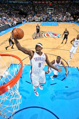 Thunder clinch West's top seed, beat Kings 104-95