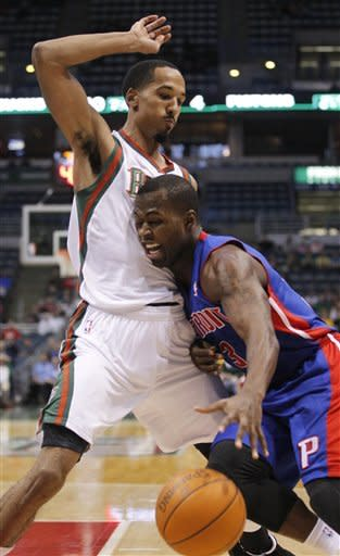 Jennings leads Bucks to 103-82 win over Pistons
