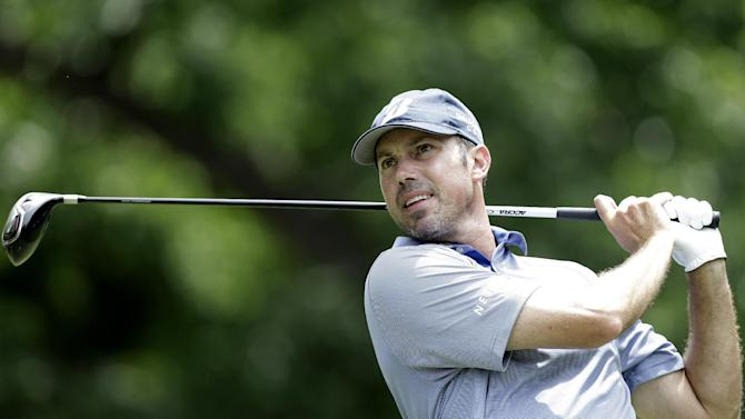 Matt Kuchar watches his tee shot on the second hole during the third round of the Colonial golf tournament Saturday, May 25, 2013, in Fort Worth, Texas.  (AP Photo/LM Otero)