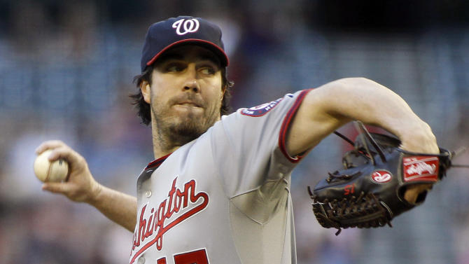 Haren pitches Nationals past Diamondbacks 2-0