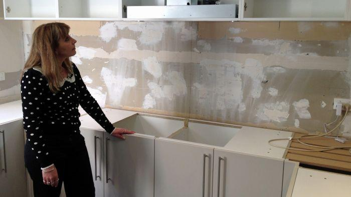 "Rhonda of East Doncaster in Melbourne's east says she has been told she is now ""on her own"" with her kitchen renovation"