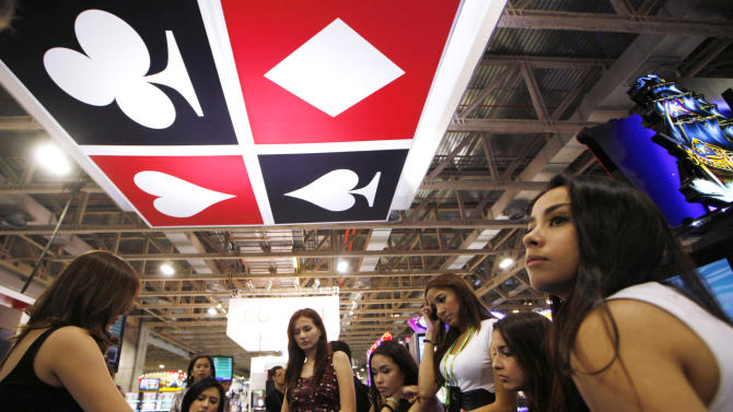 Asian casino boom aims to lure region's new rich