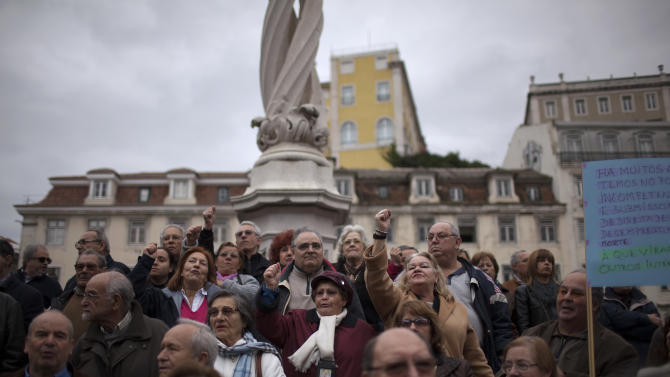 Thousands in Portugal protest austerity cuts