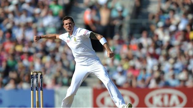 Cricket - Steyn triggers collapse, Pakistan 40-7 at lunch