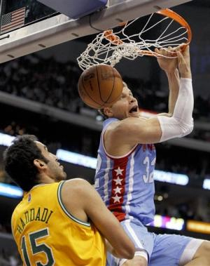 Clippers hold off Grizzlies for bounce-back win