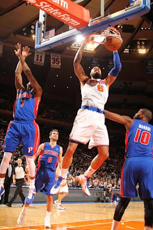 Chandler has 20 boards again, Knicks rout Pistons