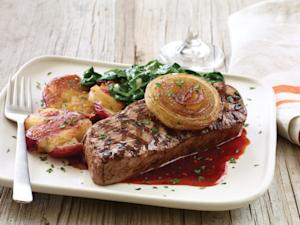 The Season's Best Flavors, Starring New Grilled Vidalia® Onion Sirloin, Take Applebee's® Guests Away to Their Summer Happy Places