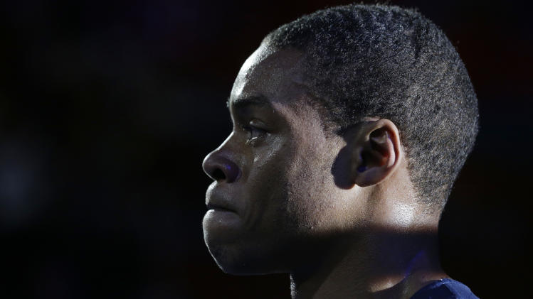 United States' Errol Spence reacts after losing to India's Krishan Vikas in a men's welterweight 69-kg preliminary boxing match at the 2012 Summer Olympics, Friday, Aug. 3, 2012, in London.(AP Photo/Patrick Semansky)