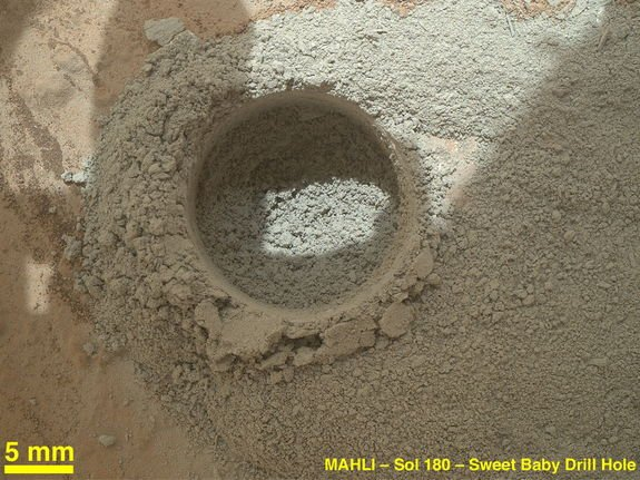 Curiosity Rover Drills Into Mars for 1st Time