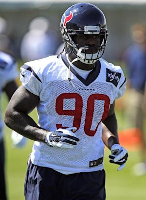 Texans' Clowney reveals concussion