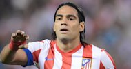 Radamel Falcao, delantero del Atltico de Madrid. Hoy mi oracin y apoyo estn con Miguel Calero gran smbolo del ftbol Colombiano #FuerzaCalero. Twitter @FALCAO
