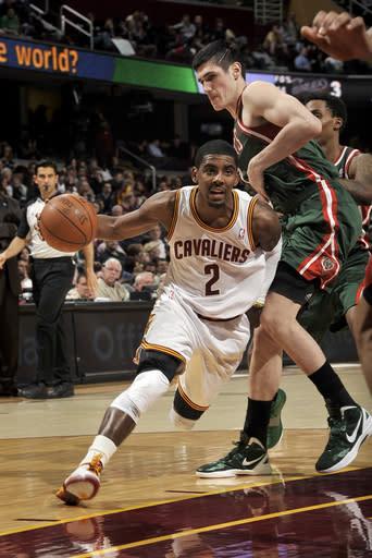 Jennings leads Bucks past Cavaliers, 121-84