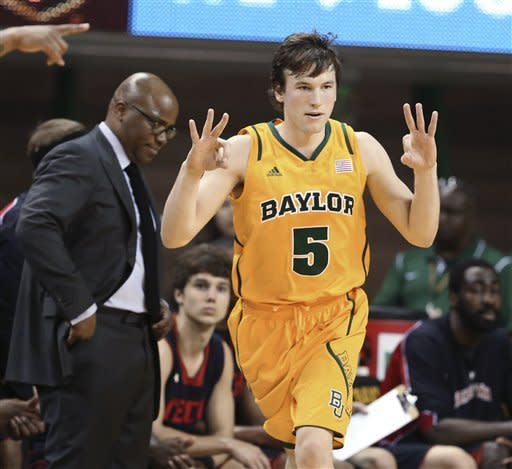 Baylor ends 3-game skid, 75-48 over Texas Tech