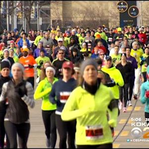 Thousands Take Part In 24th Annual Turkey Trot Downtown
