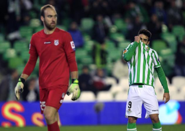 "Real Betis' Manuel Jesus Vazquez ""Chuli"" reacts after missing a scoring opportunity against Rijeka during their Europa League soccer match in Seville"