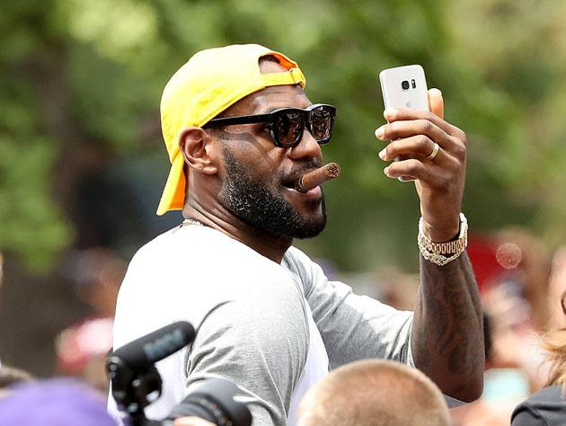 LeBron James ordered a pizza with 16 different toppings