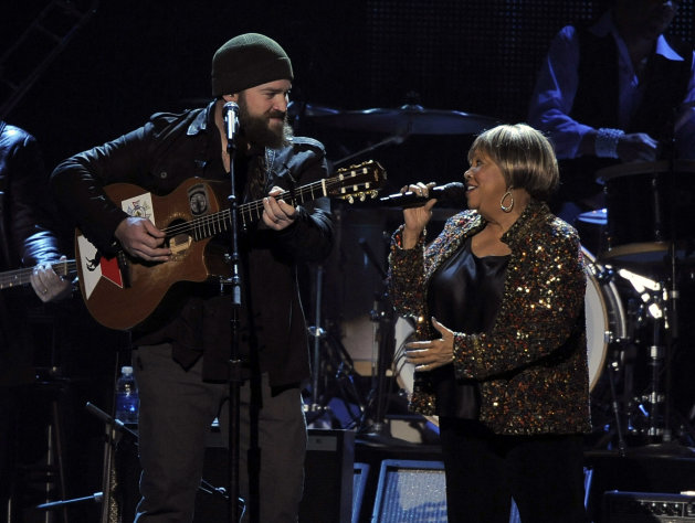 Zac Brown, left, and Mavis Staples perform &quot;My City of Ruins&quot; on stage at the MusiCares Person of the Year tribute honoring Bruce Springsteen at the Los Angeles Convention Center on Friday Feb. 8, 2013, in Los Angeles. (Photo by Chris Pizzello/Invision/AP)