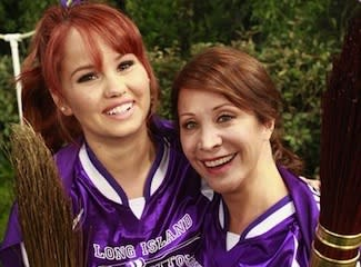Exclusive First Look: Cheri Oteri Gives Jessie a Painful Lesson in… Quidditch?