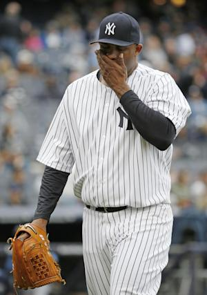 Yankees' Sabathia to DL with right knee pain