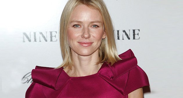 naomi watts thumb